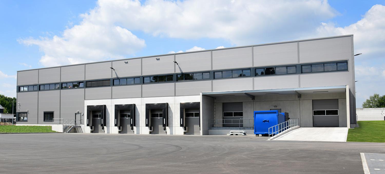Laderampen von Logistikhalle Planung von HOFF und Partner