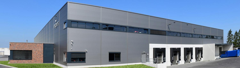 Logistikhalle mit Verwaltungsgebäude Büroriegel Engbers Gronau Planung und Schlüsselfertigbau von HOFF und Partner